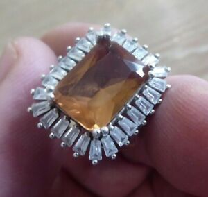 BEAUTIFUL VINTAGE SOLID SILVER MOUNTED RING WITH LARGE STONE // SIZE N 1/2