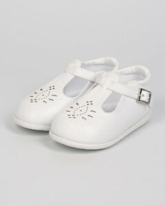 New Girl aadi Emma-880 Leatherette Round Toe Perforated T-Strap Flat