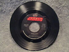 """45 RPM 7"""" Record John Cougar Mellencamp Check It Out We Are The People 870 126-7"""