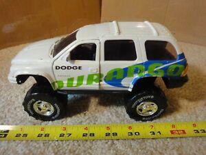 Rare! Vintage Tootsie Dodge Durango diecast off road monster truck. 1/25?