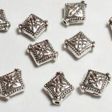 10pcs Argent Antique diamant sculpté fleur perles métal Entretoises 8x10mm B00045