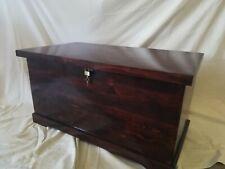 BAUL COFRE de madera con Candado. XXL 80 cm Barnizado color caoba oscuro