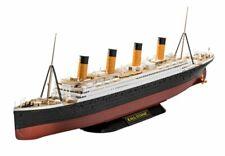 Revell 05498 RMS Titanic Karton leicht beschädigt