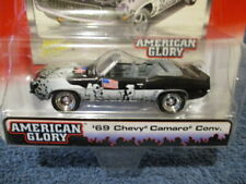JOHNNY LIGHTNING 2004 STREET FREAKS AMERICAN GLORY, '69 CHEVY CAMARO CONVERTIBLE