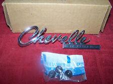 "1969 CHEVY CHEVELLE MALIBU REAR DECK TRUNK LID ""CHEVELLE"" EMBLEM GM NOS 8701218"