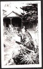 VINTAGE PHOTOGRAPH 1924 PARAISO HOT SPRINGS CALIFORNIA LADY KID IN GARDEN PHOTO