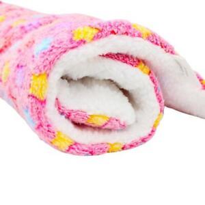 Pet Blanket Dogs & Puppy Cat Paw Print Soft Warm Fleece Bed C0F7 Car K2K6 W1Y2