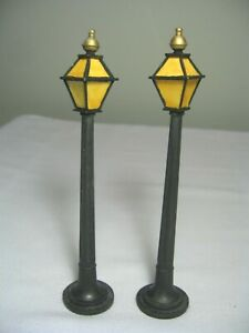 LOT of 2 PORCELAIN and METAL MINIATURE STREET LAMPS - NEW