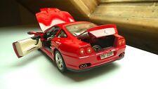 Ferrari 550 Maranello Coupe 1996 (3064) - Modellauto 1:18 Bburago in OVP