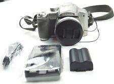 Panasonic LUMIX DMC-FZ7 6.0 megapixel fotocamera digitale con il caricabatterie argento GRATIS P&P