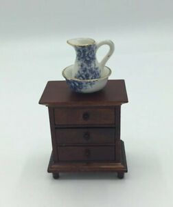 Dolls House Bedside Cabinet With Jug And Bowl