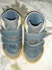 Clarks Toddler Shoes Size 4.5 G canvas