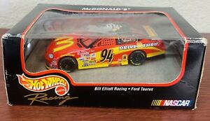 NEW 1998 Bill Elliott #94 Hot Wheels Pro Racing 1:43 Die Cast Nascar Mc Donald's