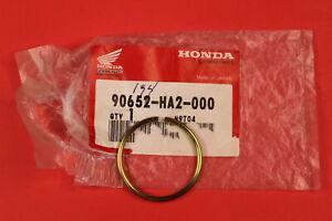 NOS HONDA CLIP OUTER REAR AXLE TRX 250 300 400 450 ATC 250 350 90652-HA2-000