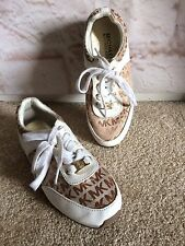 Michael Kors Beige Signature Youth Fashion Sneakers Size Youth 2