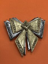 Avon 1995 Metal Bow Brooch