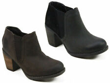 100% Leather Wide (E) Casual Boots for Women