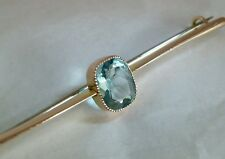 Victorian 9ct Gold bar brooch / tie pin. Collet set with an Aquamarine gemstone