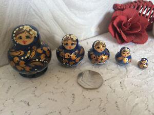BLUE WOODEN RUSSIAN DOLL SET
