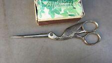 Ancienne grande paire de ciseaux de couturière en forme d'oiseau, cigogne. 17 cm