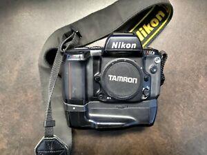 Nikon N90s -  Body and MB-10