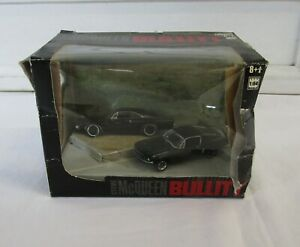Greenlight Diorama Series 2 Steve McQueen Bullitt 1:64 Model Car Set