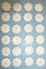 24 Pretty 2cm Snow White Vintage Flower Buttons