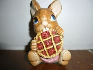 Pendelfin Picnic Midge Hand Painted Rabbit.