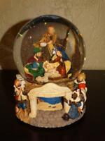 Christmas ENESCO NATIVITY Away In A Manger Rotating Base Snow Globe NO MUSIC