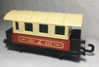 Matchbox Eisenbahn Nr.44 Passenger Coach Zug Top 1A Waggon mit Scheiben Railway