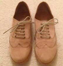 FIORE Light Tan Brown/Sand Suede Lace-Up Brogues Size 6