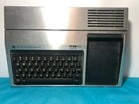 Texas Instruments Ti-99/4a Computer POWERS UP AS IS