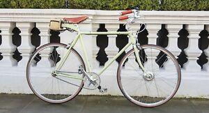 Vintage Ebike - elegant and discreet. Floor model up to 50 miles range