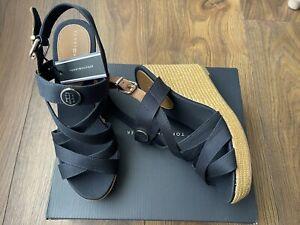 New Tommy Hilfiger Womens Navy Cross Strap Wedge Sandals Size UK 6 EU 39