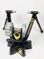 CycleOps Fluid 2 Indoor Bike Trainer with Riser Block Mint Condition Very Clean!