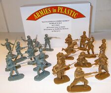 Armies in Plastic 5661 - WWI French Army & Germans In Stahlhelm Helmets     1/32