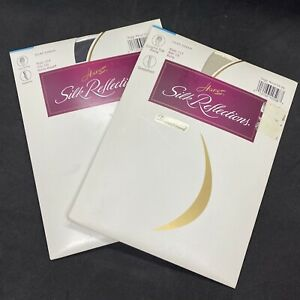 Hanes Silk Reflections Silky Sheer 717 Sz CD Putty Pantyhose Disc & Barely Black