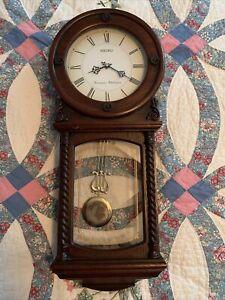 Seiko Quartz Pendulum Wall Clock Westminster Whittington Chimes Works Perfectly