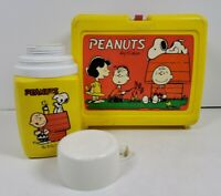 Peanuts Charlie Brown Snoopy Plastic Lunch Box w/Thermos (Missing Inside Cap)