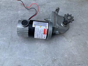 DAYTON 1LRA9 DC Gearmotor,6 rpm,90V