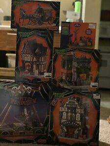 Lemax Spooky Town Lot