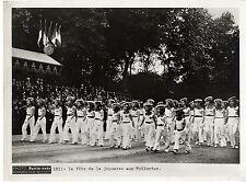 FETE DE LA JEUNESSE AUX TUILERIES PARIS-SOIR 30's