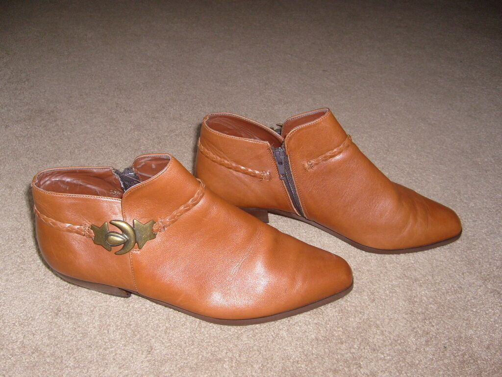 Mi Mi's Shoes