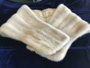 Vintage FUR STOLE ----ERMINE? purchased from CAROL & MARY,  HONOLULU