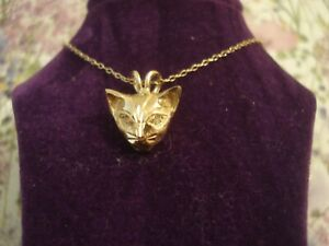 Beautiful,Finely Crafted 9ct Gold: 2 Sparkling Diamonds Set Cat Pendant & Chain