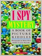 I Spy Mystery: A Book of Picture Riddles: By Marzollo, Jean