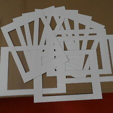 "Passepartout ""Sparpaket"": 10 Stück 30x40cm (innen 236x296mm) altweiss-Kern weiss"