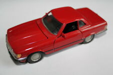 NZG Modelle 284 : Mercedes Benz Cabriolet R107 rot SL 1:35 V8 Cabrio