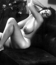 1960s Nude Pinup J. Reynolds On Leather Couch Big Breasts 8 x 10 Photograph
