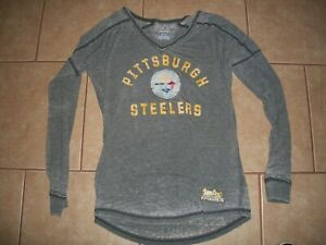 NWOT Ladies Pittsburg Steelers LS Shirt Medium    Majestic Brand